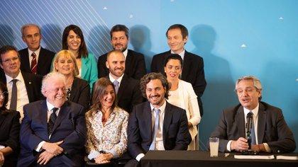 Parte del Gabinete de Alberto Fernández (Foto: Franco Fafasuli)