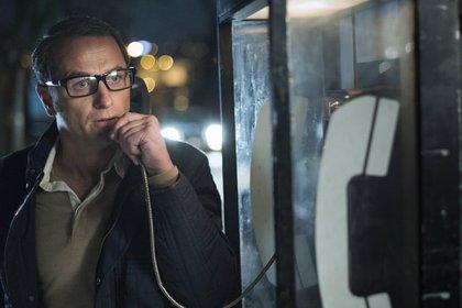 Philip Jennings (Matthew Rhys), caracterizado para su actividad de espionaje (The Americans)