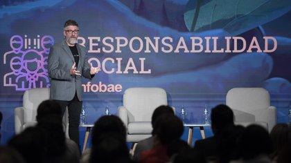 Con Luis Novaresio como moderador, se desarrollaron tres paneles con distintas temáticas (Adrián Escandar)