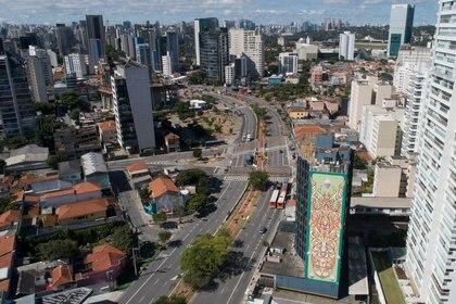 Vista aérea de San Pablo en el primer día de cuarentena estatal (Reuters)