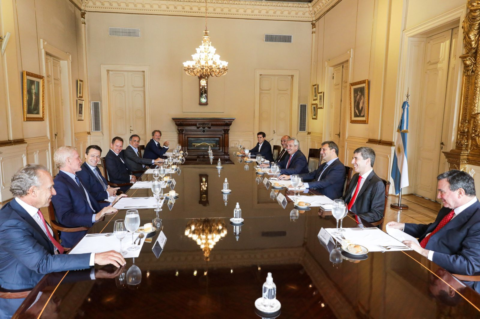 Reunión Gobierno Empresarios