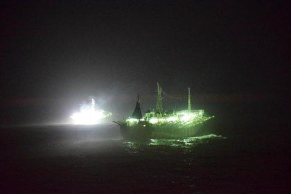 Desde El GC-28 Prefecto Derbes se patrulla el Mar Argentino contra la pesca clandestina (Prefectura Naval Argentina)