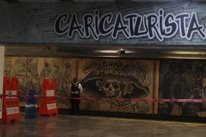 Estación Zapata en el transborde cerrado hacia la línea 12 a causa del colapso de la trabe cercana a la estación Los Olivos. Ciudad de México, mayo 12, 2021. Foto: Karina Hernández / Infobae