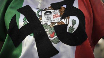 Imagen de archivo relacionada a la desaparición de los 43 normalista de Ayotzinapa ocurrido en 2014 (Foto: Yuri CORTEZ / AFP)