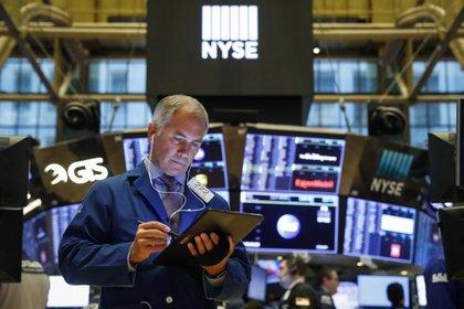 Los principales mercados bursátiles registraron alzas entre 1 y 2 por ciento. (Reutrs)