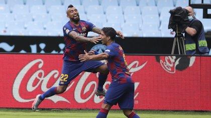 Los futbolistas habrían hablado con Koeman (AP Photo/Lalo Villar)