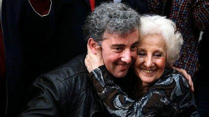 Guido y Estela, uno de los reencuentros más conmovedores de las 130 restituciones de nietos