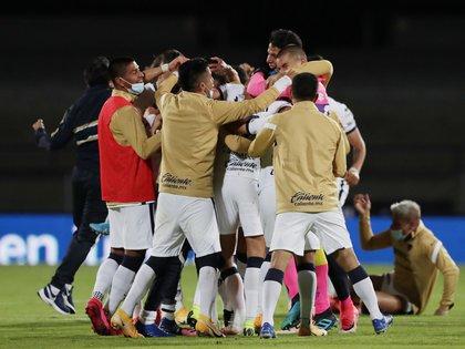 La sorprendente victoria de Pumas en el partido contra Cruz Azul, dejó a los aficionados del equipo blanquiazul perplejos y decepcionados por la participación del equipo.  (Foto: Reuters/Henry Romero)