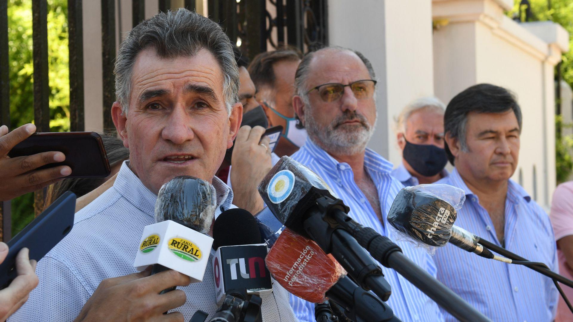 Conferencia de prensa de la Mesa Enlace