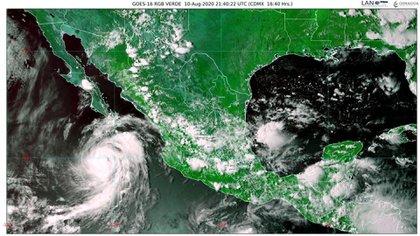 El huracán Elida seguirá una trayectoria cada vez más alejada de México (Foto: Twitter@conagua_clima)