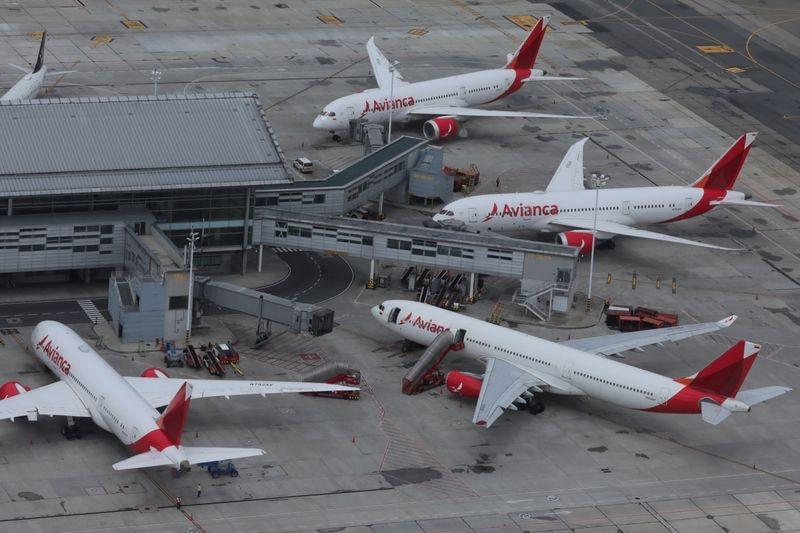 La aerolínea colombiana Avianca se declaró en quiebra por el coronavirus  - Infobae