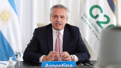 Alberto Fernández comenzó a profundizar las relaciones exteriores con los países vecinos