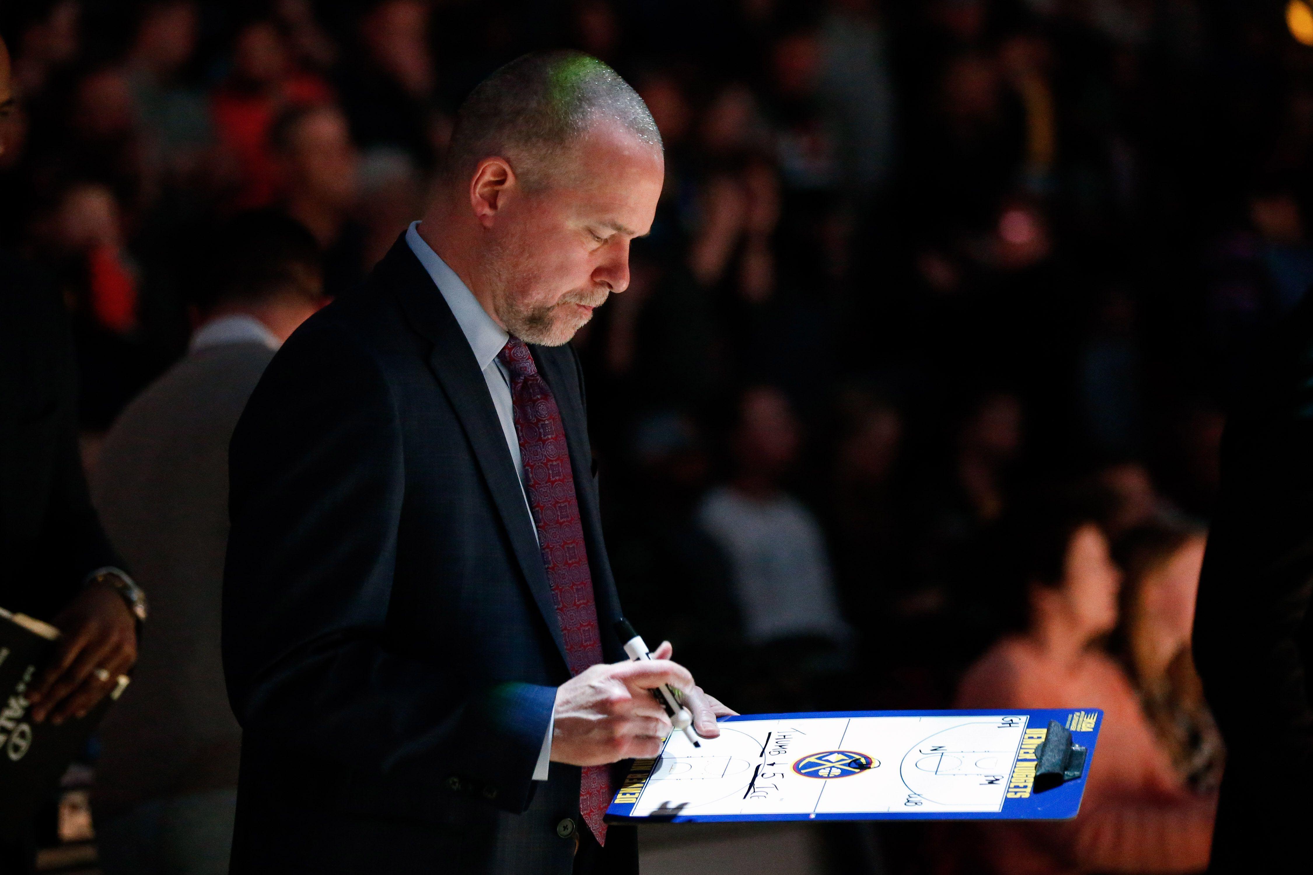 Michael Malone logró hacerse un espacio en la NBA y hoy es uno de los coachs más respetados (Foto: Reuters)