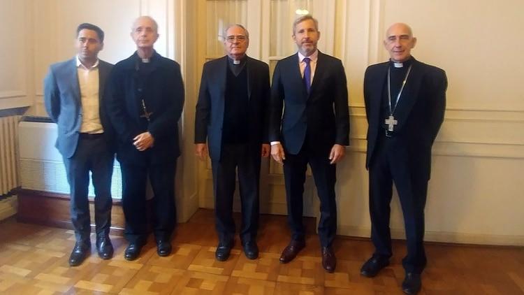 Frigerio se reunió recientemente con la cúpula de la Iglesia para analizar los 10 puntos del llamado al consenso