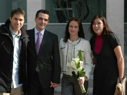 En 2009 se casaron en Madrid. Florencia, la hija de Fernando junto a su novio estuvo presente ya que ellos también viven en España