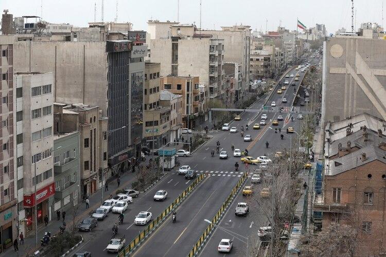 El tránsito en Teheran este miércoles (WANA/Ali Khara via REUTERS)