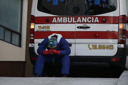 México vive una de las peores etapas de la pandemia de COVID-19: acumula más de 1.54 casos y casi 135,000 muertes (Foto: Rebecca Blackwell/ AP)