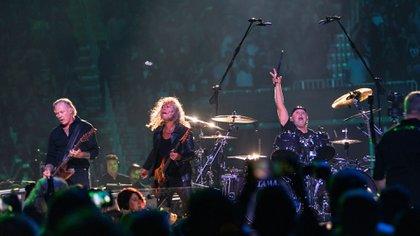 Metallica en un show en San Francisco, Estados Unidos (Crédito: Greg Chow / Shutterstock)