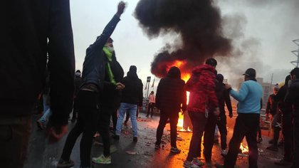 Las protestas de noviembre de 2019 por el aumento del precio del combustible (AFP)