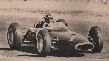 Graham Hill y su BRM en 1963 (Archivo CORSA).