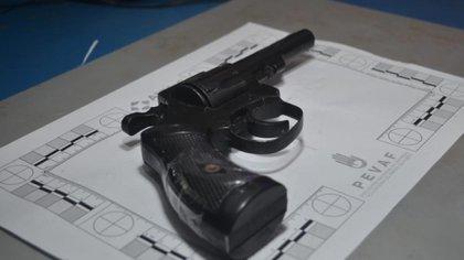 Se llevaron a cabo 12 allanamientos simultáneos en Rosario, Villa Gobernador Gálvez y Entre Ríos