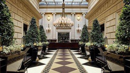 El ingreso al lobby del Sofitel Arroyo (Accor Hoteles)
