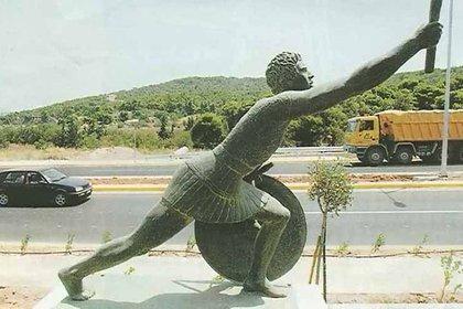 Estatua en homenaje al soldado Filípides