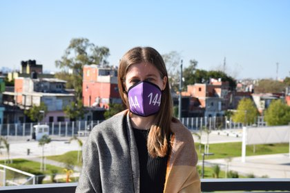 """""""Toda la atención y el acompañamiento brindado por la línea 144 está en manos de mujeres profesionales que son parte del Ministerio de Desarrollo Humano"""", apunta María Migliore, ministra de Desarrollo Humano y Hábitat de la ciudad de Buenos Aires."""