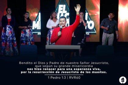 Aunque carecía de formación específica o estudios superiores, Erik Suñiga comenzó a presentarse como pastor y lider de su propia iglesia en 2012 (Foto: Facebook Ministerios Restauración y Paz).