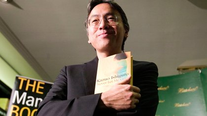 Kazuo Ishiguro era, hasta hoy, el último ganador del Premio Nobel de Literatura (AFP)