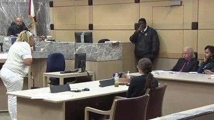 La corte del condado de Broward en la Florida puso fin al caso de O'Neal Ron Morris quien está en juiciodesde 2011