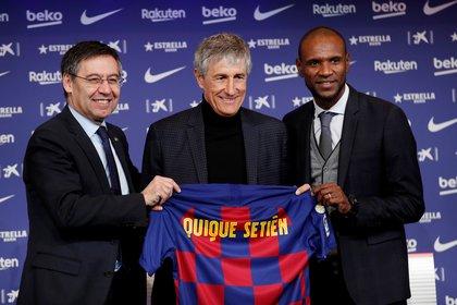 Bartomeu, Setién y Abidal: los tres se despidieron este año del Barcelona (REUTERS/Albert Gea)