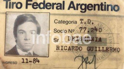 Bang-bang: la credencial del Tiro Federal de Deisernia, al que ingresó en 1984.