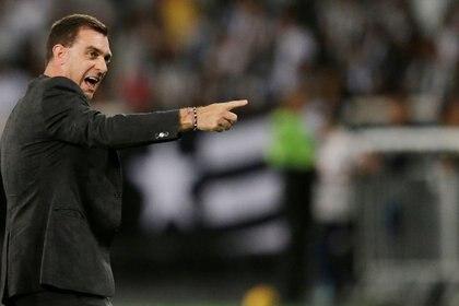 Pablo Guede dejó de ser el técnico de Morelia (Foto: Ueslei Marcelino/ Reuters)
