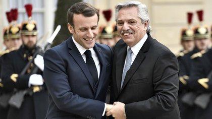 Alberto Fernández y Emmanuel Macron en su reunión bilateral a principios de año en París