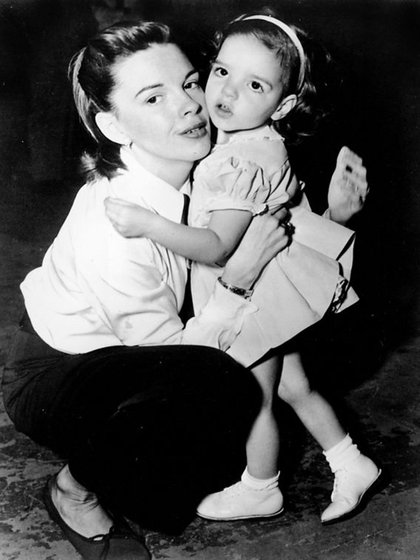 Junto a su hija, Liza Minelli