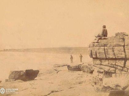 La llamada Playa de los Ingleses de Mar del Plata, hacia 1900 (Foto: Archivo General de la Nación)