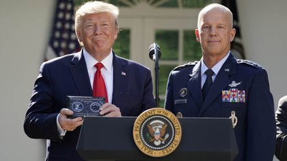 El presidente Donald Trump durante el anuncio oficial de la Fuerza Espacial