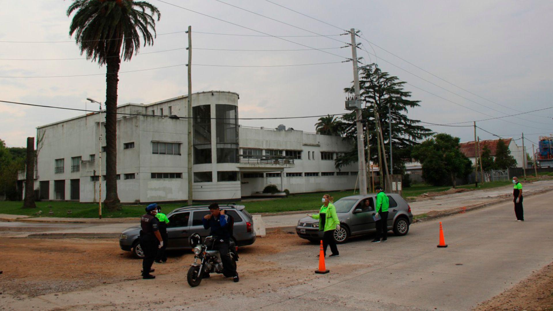 Secco advierte que si la situación epidemiológica se descontrola en el conurbano, los hospitales no van a dar abasto