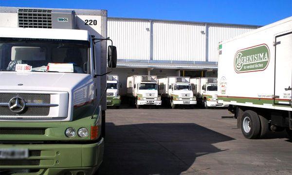 Camiones de La Serenísima, la principal marca de Mastellone