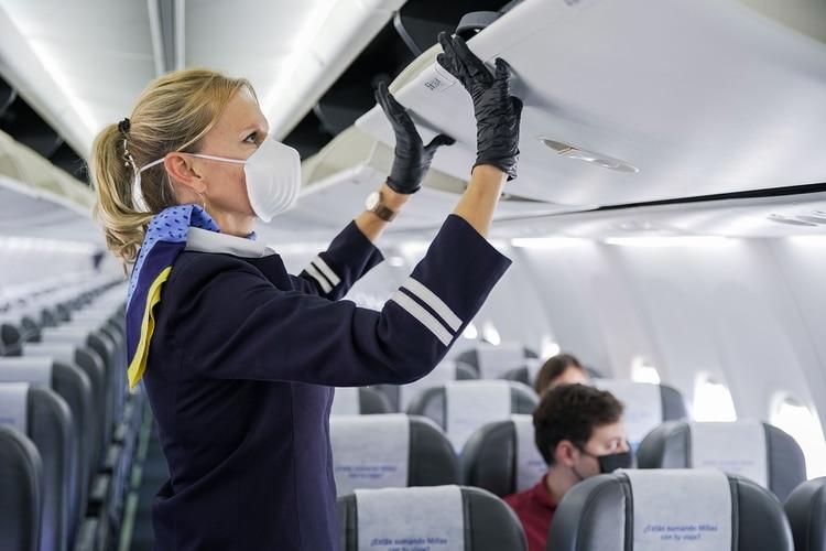 Las tripulaciones utilizarán tapabocas durante todo el vuelo