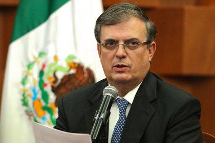 El presidente Andrés Manuel López Obrador como el canciller Ebrard han negado que expulsarían a la DEA si Cienfuegos no era devuelto (Foto: EFE/José Pazos)