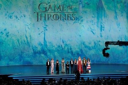 """FOTO DE ARCHIVO. El elenco de """"Juego de Tronos"""" en los 71° Premios Emmy, en Los Ángeles, California, EEUU. 22 de septiembre de 2019. REUTERS/Mike Blake"""