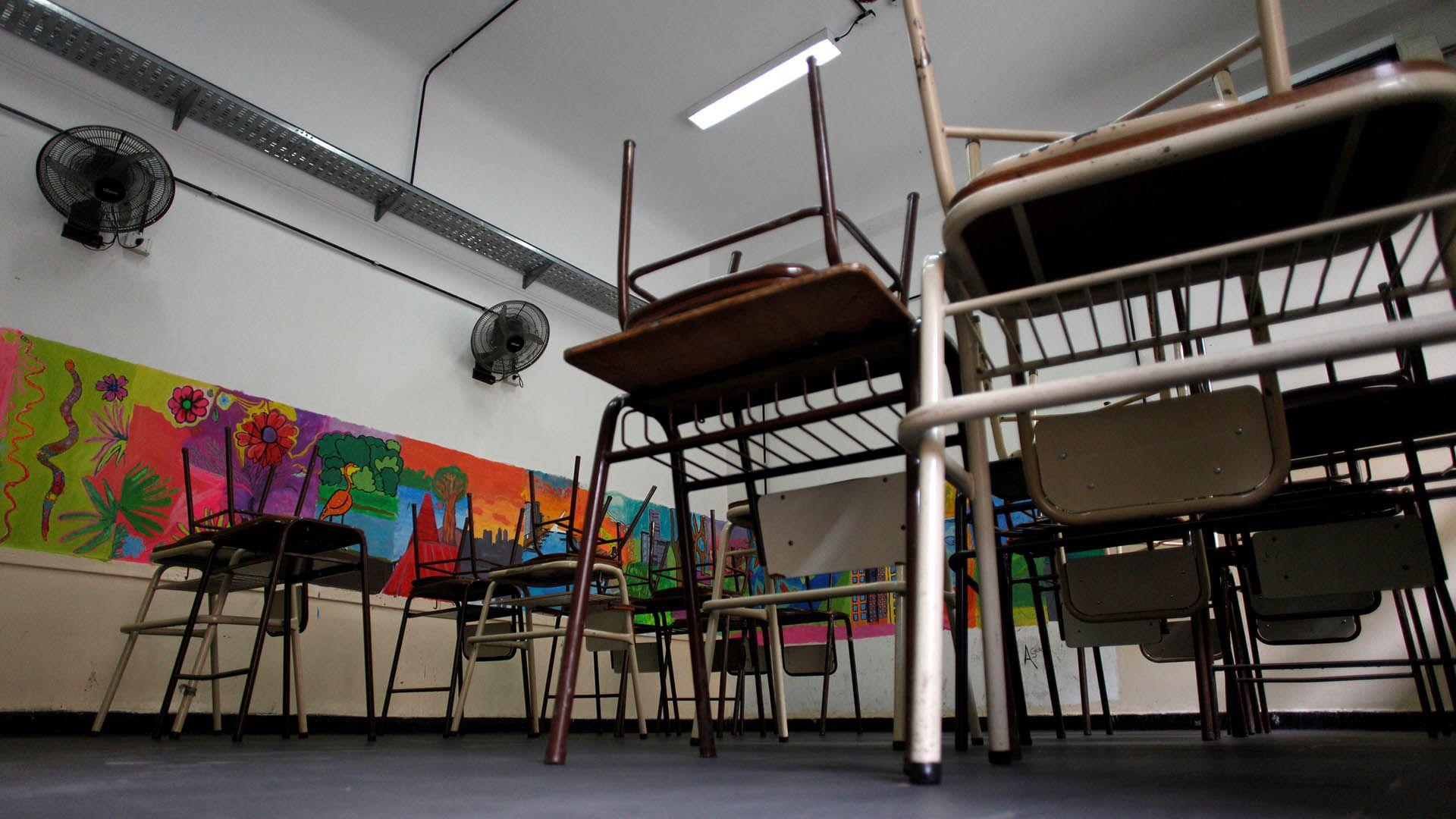 An empty classroom is seen at a public school during a national strike to demand better salaries in Buenos Aires, Argentina, July 3, 2018. REUTERS/Martin Acosta