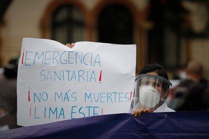 El Gobierno decidió extender en 90 días la emergencia sanitaria, que terminaba el próximo 7 de septiembre. (EFE/Paolo Aguilar)
