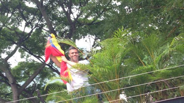 """Leopoldo López habló por teléfono con Michel Temer y le pidió que facilite un """"canal humanitario"""""""
