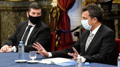 Ariel Gelblung con Sergio Massa, presidente de la cámara de Diputados de Argentina