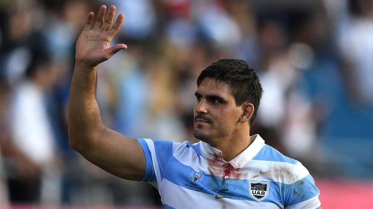 Pablo Matera, con sangre en su camiseta (Photo by CHARLY TRIBALLEAU / AFP)