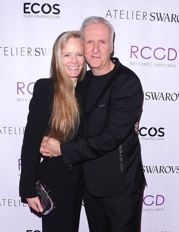 Suzy Amis y su marido, James Cameron, en febrero pasado (George Pimentel / Getty Images)
