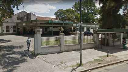 La víctima fue trasladada al Hospital Belgrano de San Martín. Allí, los médicos constaron que presentaba signos de violación y de haber consumido drogas y bebidas alcohólicas